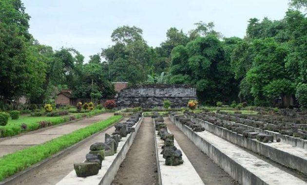 46 Tempat Wisata Di Kediri Yang Wajib Dikunjungi 2019 Travelingan Net