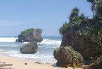 Batu Karang Pantai Ngrawe Gunungkidul Jogja