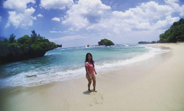 Destinasi Wisata Pantai Ngandong Di Gunungkidul
