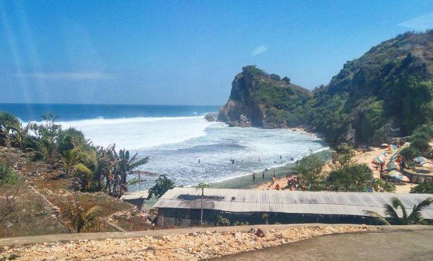 Destinasi Wisata Pantai Nguyahan Di Gunungkidul