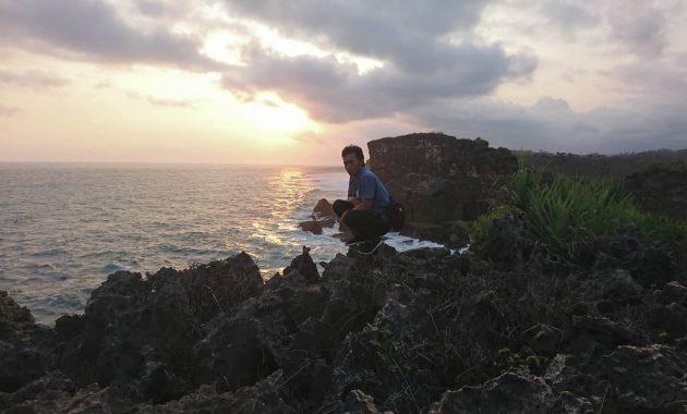 Kawasan Wisata Pantai Krakal Di Gunungkidul