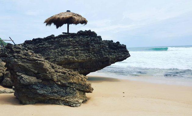 Tempat Wisata Pantai Seruni Di Gunungkidul