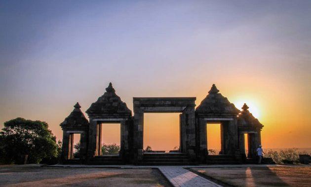 Jam Buka Candi Ratu Boko Yogyakarta