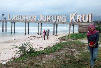 Keindahan Pantai Labuhan Jukung Krui Lampung