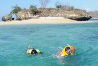 Snorkeling Pantai Pink Lombok Timur