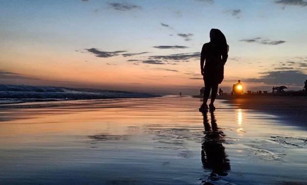 Sunset Pantai Parangtritis Yogyakarta