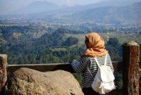 Jalan Menuju Tebing Keraton Bandung