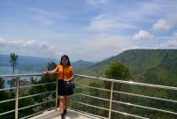 Jam Buka Menara Pandang Tele Samosir