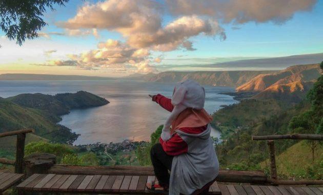 Panorama Bukit Indah Simarjarunjung Sumut