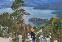 Wahana Menara Pandang Tele Samosir