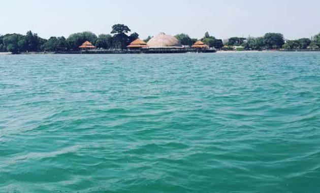 Fasilitas Pantai Kartini Jepara