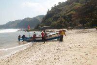 Fasilitas Pantai Menganti Kebumen