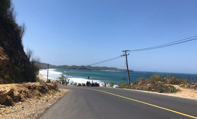Jalan Menuju Pantai Soge Pacitan