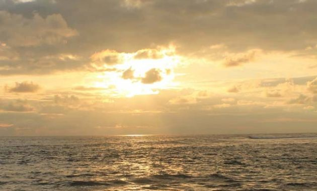 Sunset Pantai Drini Gunungkidul