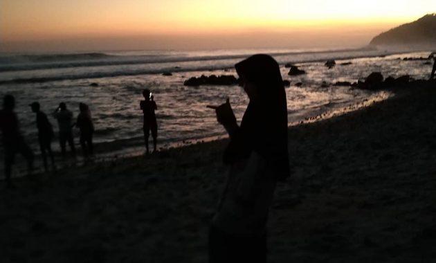 Sunset Pantai Menganti Kebumen